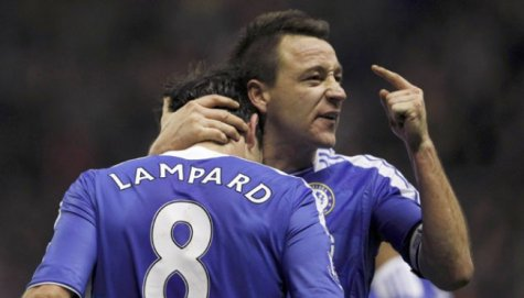 Video Insiden Tendang Lutut John Terry