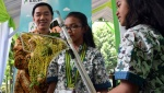 Aksi Peneliti Cilik di Kalbe Junior Scientist Award