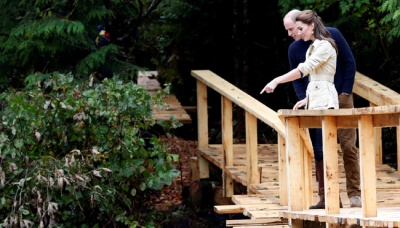Kate Middleton Bersama Pangean William Menikmati Tur di Great Bear Rainforest