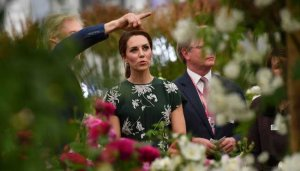 Kate Middleton Kunjungi  Chelsea Flower Show