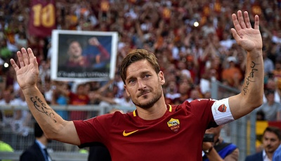 Francesco Totti Akhiri Karier di AS Roma