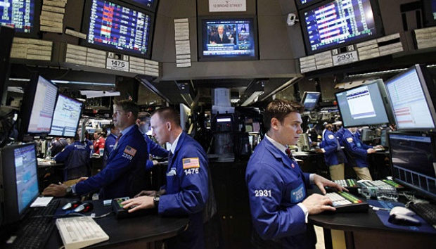 Suasana di Bursa Saham Wall Street, New York. REUTERS