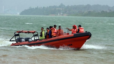 Pontianak SAR Team Searches for Missing MV Cahaya Baru