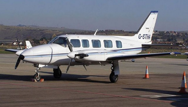 Cessna Piper Navajo Chieftain. avbuyer.com