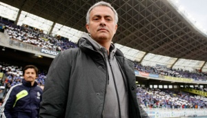 Mourinho Signs a Four Year Contract with Chelsea
