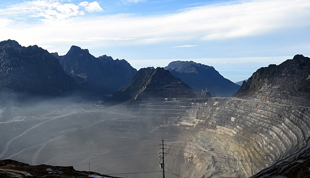 Grasberg Mine milik PT. Freeport Indonesia di Tembagapura, Mimika, Timika, Papua, 15 Februari 2015. Executive Vice President dan General Manager Operational Freeport, Nurhadi Sabirin mengatakan terdapat peluang tambang tersebut menjadi tempat wisata setelah wilayah itu habis masa eksplorasinya. ANTARA/M Agung Rajasa