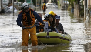 Japan Resumes Search for 16 Missing In Floods