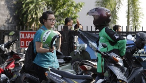 Grab, Gojek Respond to Ban on Online Ojek Discounts