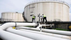 Pertamina Offers 20pct Off Avtur Price in Eastern Region