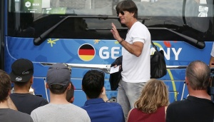 Joachim Low Tertarik Melatih Real Madrid