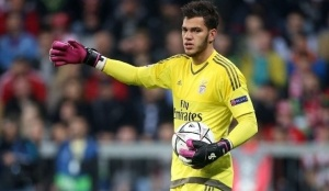 Kiper Manchester City, Ederson, Pecahkan Guinness World Record