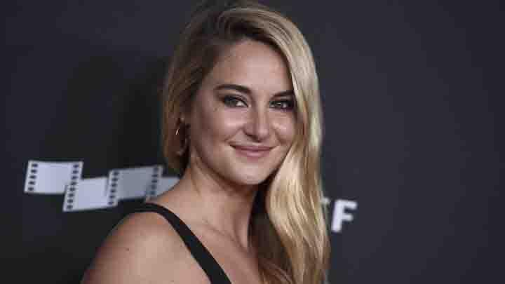 Aktris Shailene Woodley berpose saat menghadiri Hollywood Film Awards di Beverly Hills, AS, 5 November 2017. (Jordan Strauss/Invision/AP)