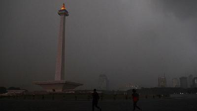 BMKG Warns of Rain, Strong Winds in Jakarta Today Afternoon
