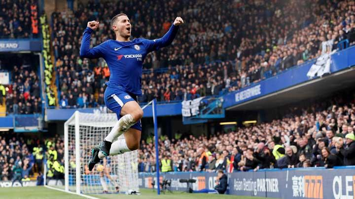 Gelandang Chelsea Eden Hazard, melakukan selebrasi setelah mencetak gol ke gawang Newcastle United pada pertandingan Liga Inggris di Stamford Bridge, London, 2 Desember 2017. Chelsea kalahkan Newcastle United 3-1. REUTERS/David Klein