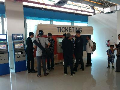 Bus Ticket Vending Machine Available at Soekarno-Hatta Airport
