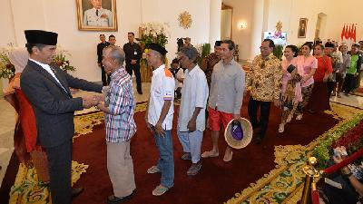Jokowi Bars Ministers, Officials From Holding Eid Open House