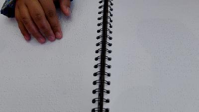 Tips Merawat Buku Braille