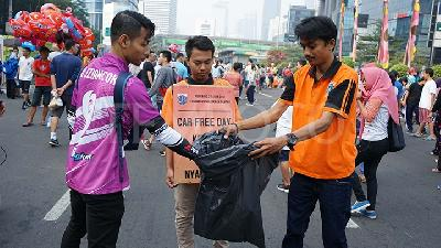 Aksi Peduli Sampah Digelar di Car Free Day