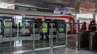 Transport Ministry Demands Waiting-time for LRT Shortened