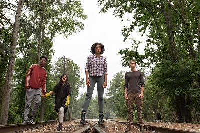 The Darkest Minds: Distopia dan Petualangan yang Serba Tanggung