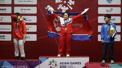 Angkat Besi Asian Games 2018, Sri Wahyuni Gagal Sabet Medali Emas