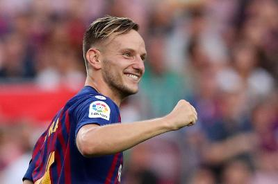 Bursa Tansfer: Incar Rakitic, Manchester United Dekati Barcelona