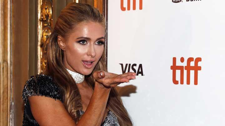 Pesona Paris Hilton di Acara Toronto International Film Festival
