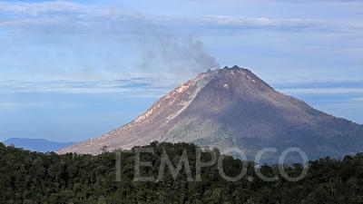 PVMBG: Status of 20 Indonesian Volcanoes Above Normal
