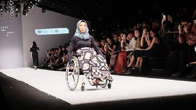 British Council Ajak Difabel Jadi Model di Jakarta Fashion Week
