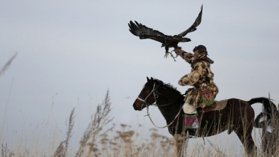 Kazakhstan Eagle Hunters Keep a 4.000 Year Old Tradition Alive