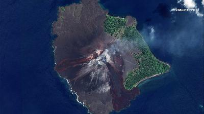 Mount Anak Krakatau Erupts; Status Alert Level II