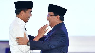 Smaller Gap between Jokowi's and Prabowo's Electability: Survey