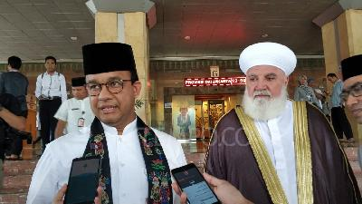 Anies Baswedan Drinking from Ulema's Cup A Hoax, Says Official