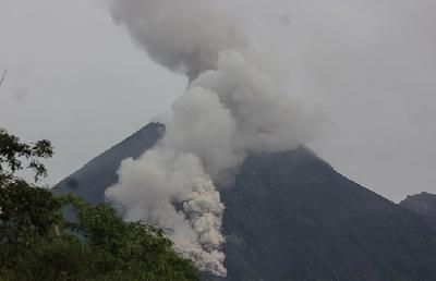 Mount Merapi Spews Kilometer-High Ash Cloud