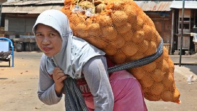 Women's Voices from Yogyakarta's Markets