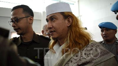 Alleged Child Abuser Bahar bin Smith Threatens President Jokowi