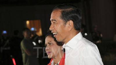 Jokowi Camp Admits Prabowo Prevails in Several Regions