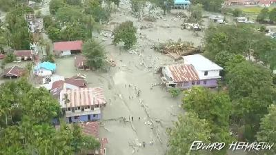 BNPB: Sentani Flash Floods Caused by Downpours, Forest Damage