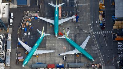 Boeing Deliveries Down 73% in 737-Max Crashes Aftermath