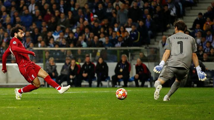 Liverpool's Mohamed Salah scores their second goal during match Champions League Quarter Final Second Leg between FC Porto v Liverpool at Estadio do Dragao, Porto, Portugal, April 17, 2019.  Action Images via Reuters/Andrew Boyers