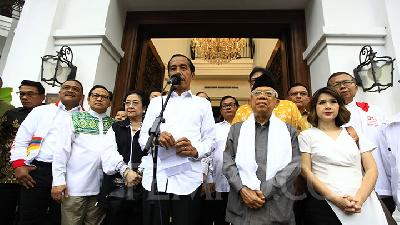 Jokowi Declares Victory with 54.5 percent of Votes