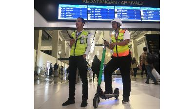 Govt Calls to Suspend GrabWheels Operation
