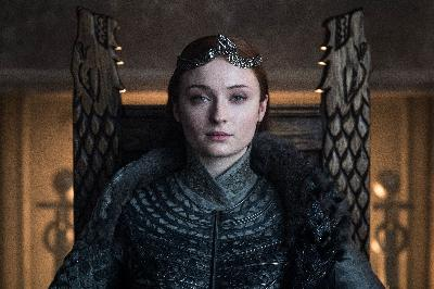 Rambut Sophie Turner di Game of Thrones Mirip Ratu Elizabeth I