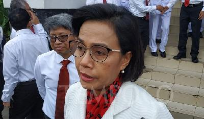 Sri Mulyani Demands DPR to Discuss Plastic Tax