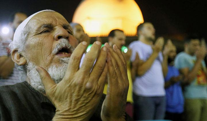 Soulful Prayer of The Egyptian Muslim on Laylat al-Qadr