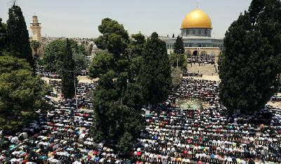 Palestinians in Jerusalem Prepare for Ramadan