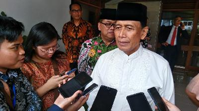 Wiranto: True Supporters of Prabowo Will Not Stage Rally in MK