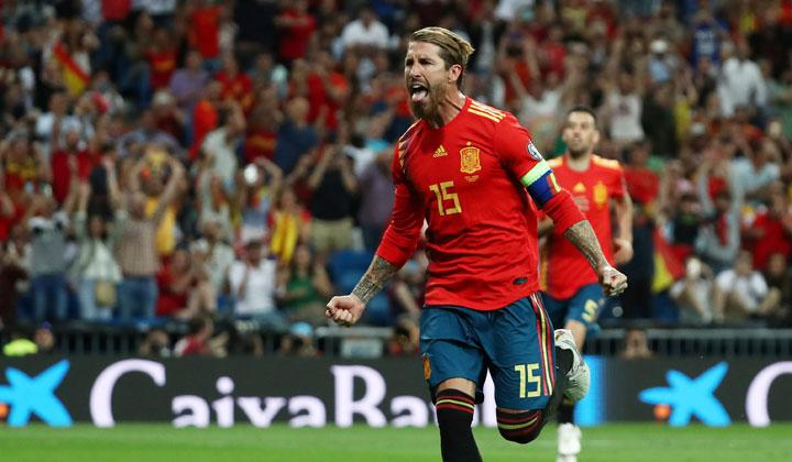 Spain's Sergio Ramos celebrates scoring their first goal during the match Euro 2020 Qualifier Group F between Spain vs Sweden at Santiago Bernabeu, Madrid, Spain, June 10, 2019. Spain made it four wins out of four and took full control of their Euro 2020 qualifying group by seeing off closest challengers Sweden 3-0 at home. REUTERS/Sergio Perez