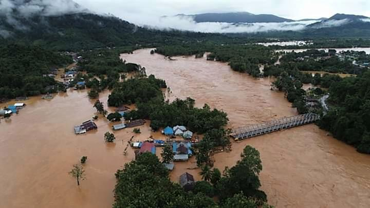 An aerial od trans sulawesi road is submerged by flash floods in North Konawe, Southeast Sulawesi, Sunday, June 9, 2019. Thousand flood victims in North Konawe District, Southeast Sulawesi, are in dire need of assistance from various parties, both the government and private sector, to placate their distress. ANTARA/Oheo
