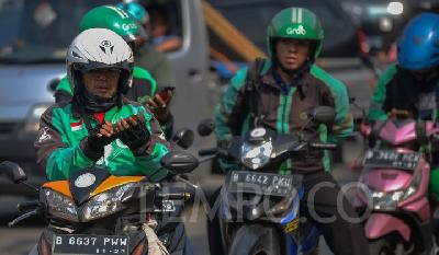 Gojek, Grab Responds to Online Ojek Tariff Adjustment Plan